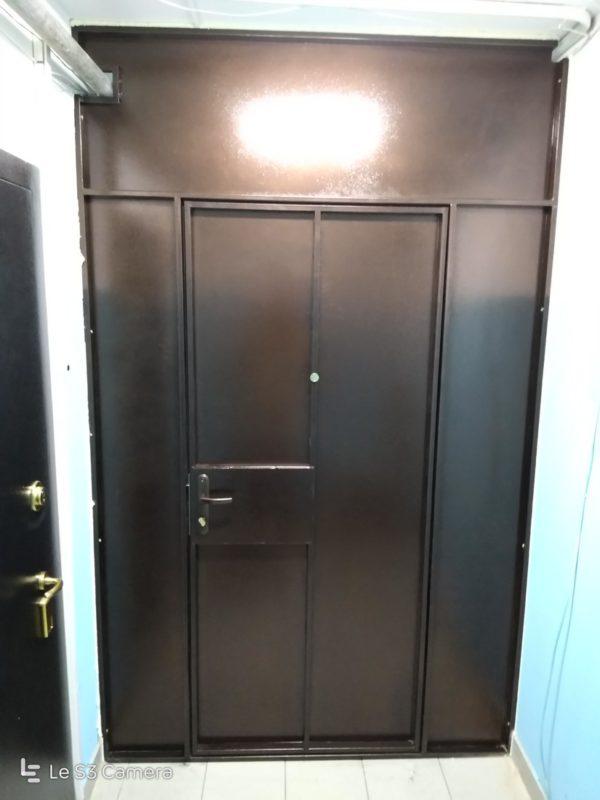 тамбурная перегородка с дверью